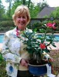Judy Leonard, master gardener, will give the members pointers on creating beautiful flower arrangements.